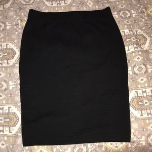 Black pencil skirt, size small